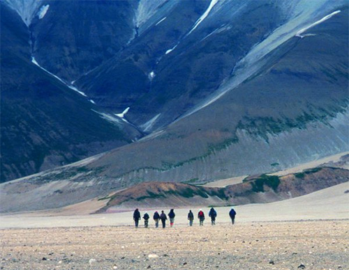 jpg Bogoslof's reminder: Alaska is volcano country
