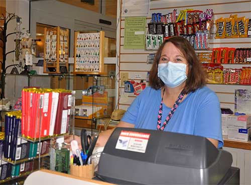 KMC gift shop volunteers donate proceeds to hospital operations