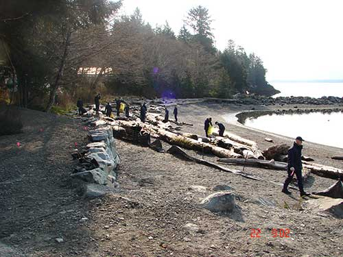 jpg Rotary Beach cleanup by the Coast Guard