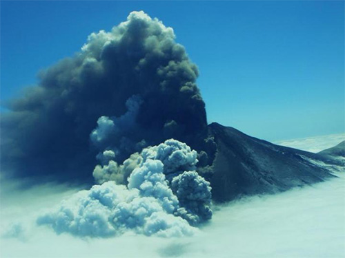 jpg Alaska researchers improve their 'hearing' to detect volcanic eruptions