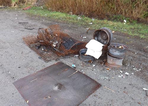 jpg Burned mattress springs and burned wheels from Whipple Creek