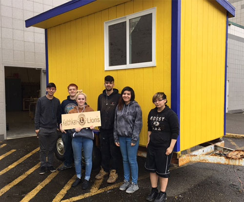 jpg Kayhi Construction Class Builds New Lions' Booth