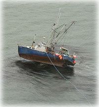 Coast Guard responds to grounded Petersburg vessel