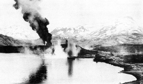 jpg Japanese bombing of Dutch Harbor, 4 June 1942