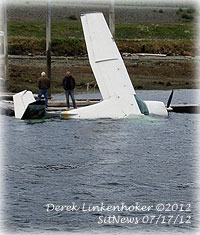News in Photos - A Cessna 185 sunk at Ketchikan Airport