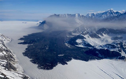 jpg Massive Landslide Detected in Glacier Bay's Fragile Mountains