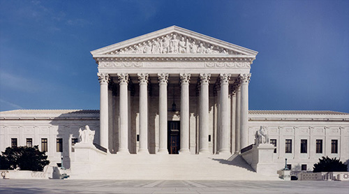 jpg Roberts rules: The 2 most important Supreme Court decisions this year were about fair elections and the chief justice