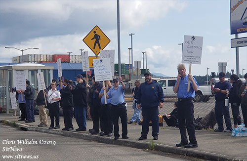 Inlandboatman's Union on Strike After Impasse