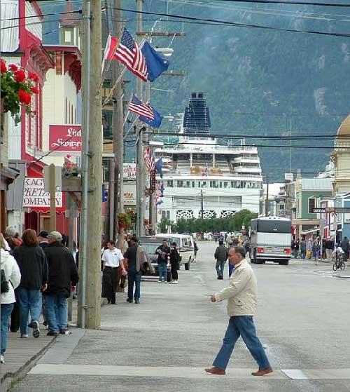 jpg Summer visitors walk through downtown Skagway