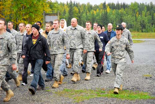 SitNews: Alaska Army National Guard's first female drill sergeant ...