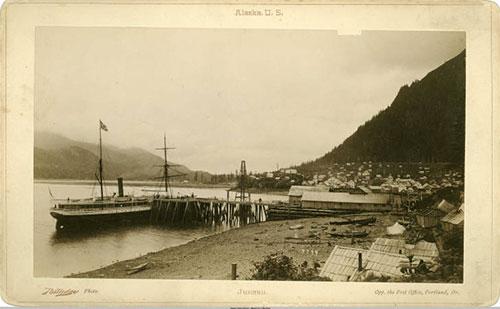 jpg The IDAHO at Carroll's wharf, near South Franklin Street 1887.