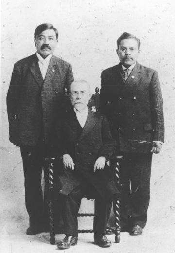 jpg Peter Simpson, Sheldon Jackson (seated), and Edward Marsden, ca. 1896–1913