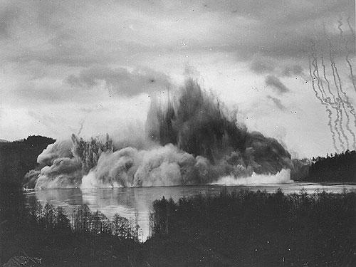 ripple-rock-explosion.jpg